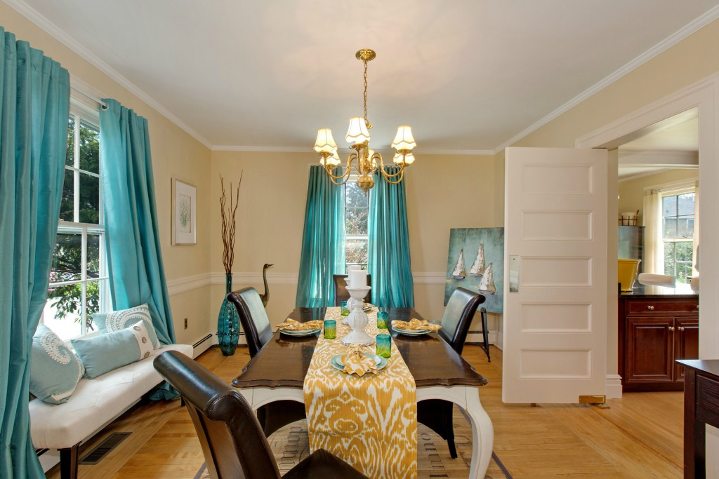 Dining Room Medium